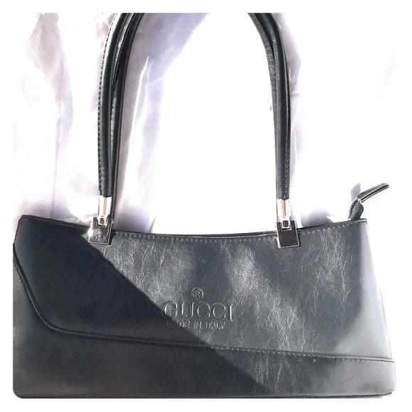 b1a2caf1298d8 Gucci Handbags - Vintage Gucci Black Leather Handbag